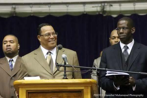 Farrakhan Challenges Students to Seek Knowledge, Serve the People and Solve Problems
