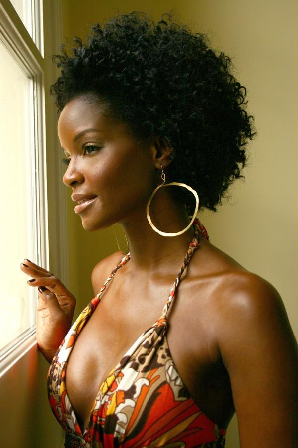 Color Struck: The Plight of Dark Skin Women