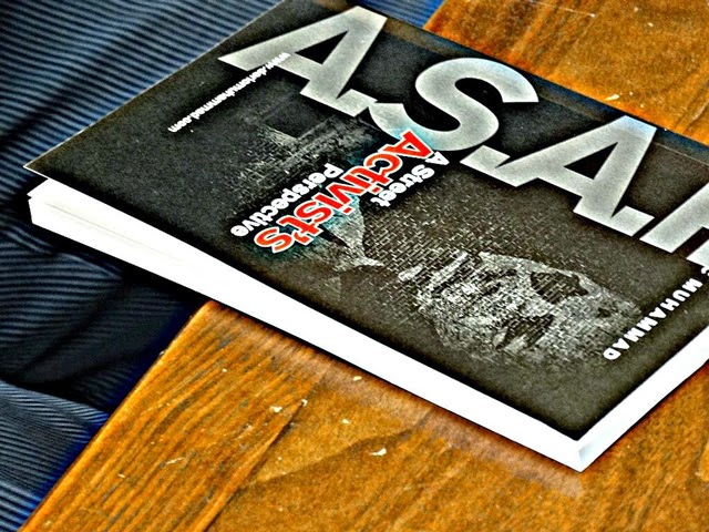 [Book Review] Get it A-S-A-P! Deric Muhammad's new book 'A Street Activist's Perspective' is a must read