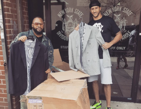 NFL's Colin Kaepernick Gives Away Designer Suits to Parolees